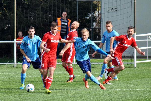 Rezerva FC Nitra síce na jar prehrala v Čeľadiciach, ale nakoniec bola úspešná v boji o prvé miesto.