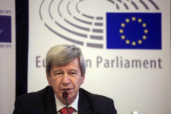 Do Trnavy príde aj europoslanec Eduard Kukan.