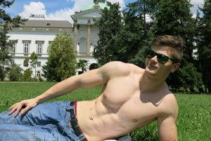 Majster Slovenska Tomáš Debnár k modelingu nikdy neinklinoval, no pózovanie mu prirodzene ide.
