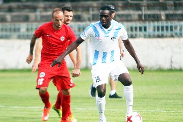 Kamerunčan Tata Nsah za Nitru hrať nebude.