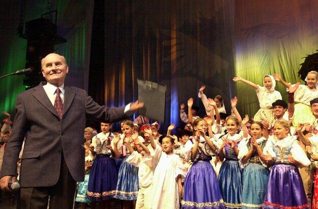 Štefan Nosáľ vychoval niekoľko generácií tanečníkov.