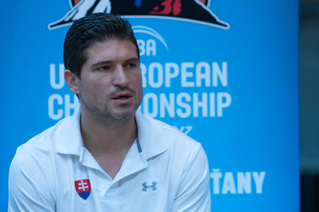 Tréner A-tímu SR Ivan Rudež.