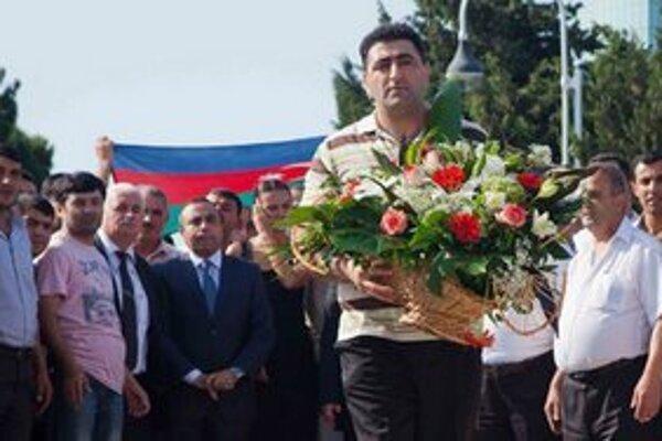 Ramil Safarov počas ceremónie v Baku.