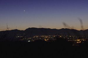 venuša (jasnejšia) a Merkúr na oblohe.