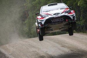 Na snímke fínska posádka Esapekka Lappi - Janne Ferm na Toyote Yaris WRC na trati 7. rýchlostnej skúšky Jukojärvi počas 67. Neste Rally Finland.