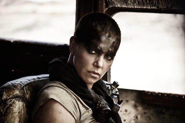 Charlize Theron vo filme Mad Max