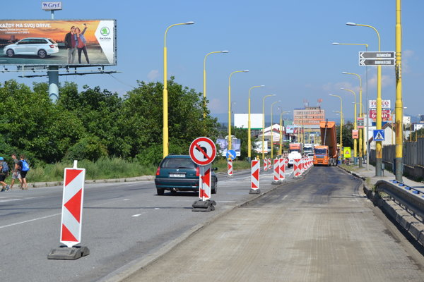 Rekonštrukcia cesty na Košickej ulici.