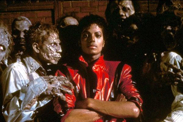 Michael Jackson a kolegovia z videoklipu Thriller.