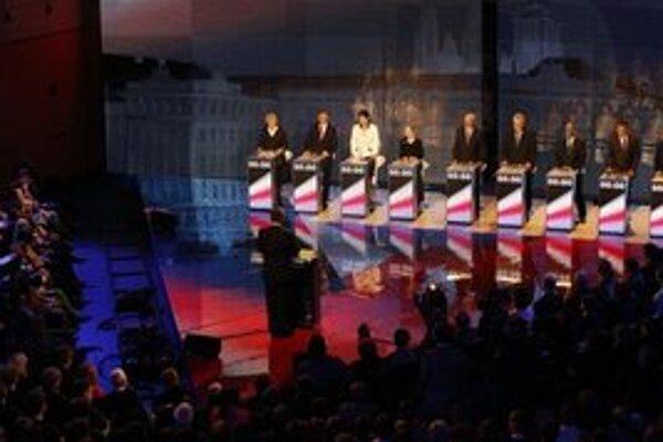 Deviati kandidáti prvého kola historicky prvej priamej voľby prezidenta Českej republiky.