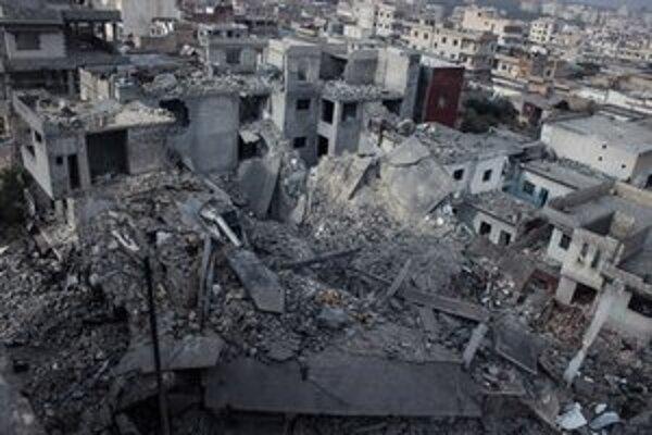 Následky bombardovania v meste Binniš.