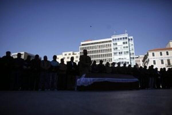 Pohreb mladého Pakistanca.