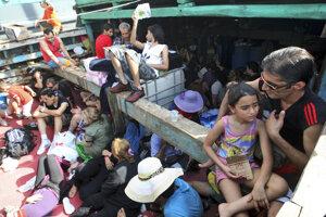 Utečenecký tábor v Papue-Novej Guinei je legálny, rozhodol austrálsky súd