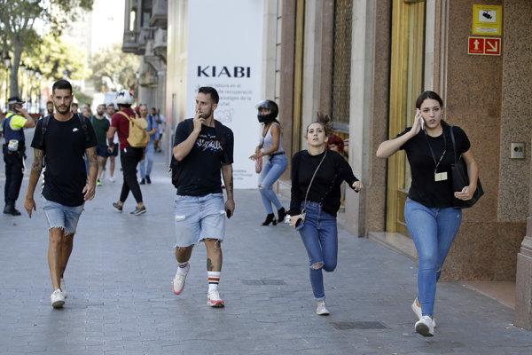 Teroristi zaútočili v Barcelone.
