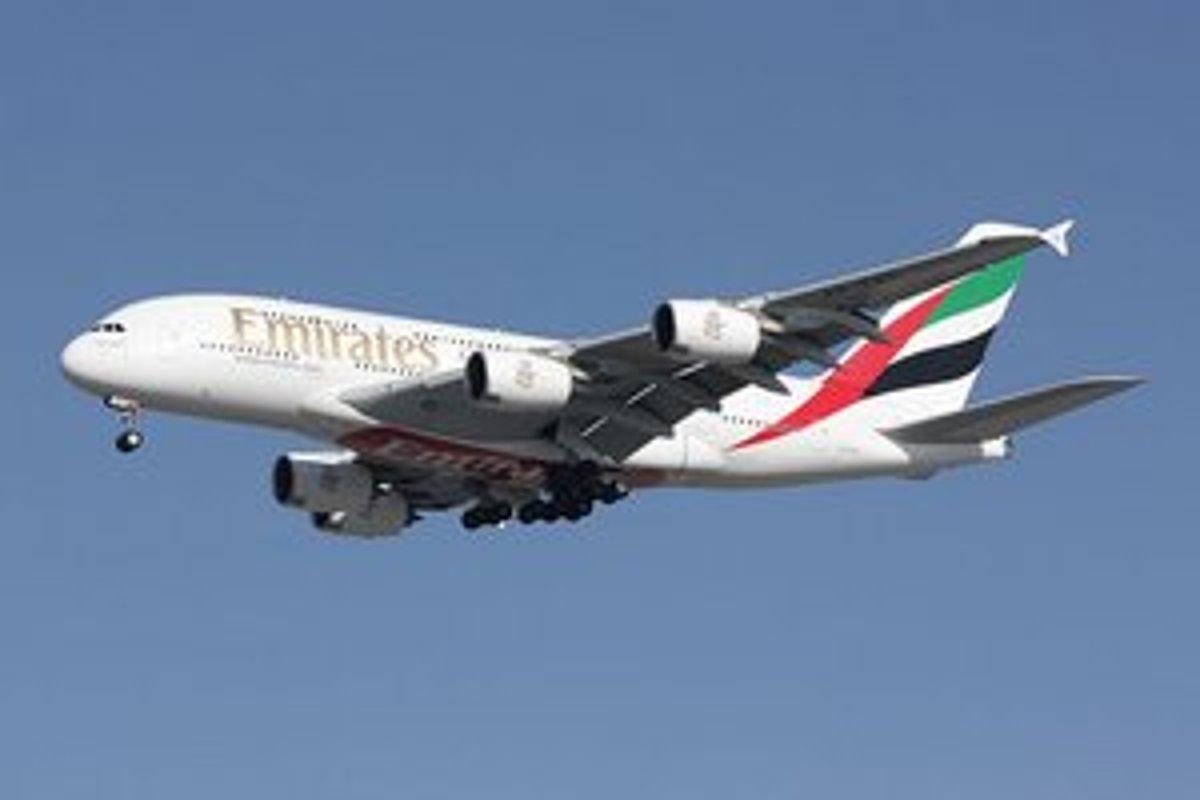 V Prahe neplánovane pristálo najväčšie dopravné lietadlo na svete ... f0defeef913