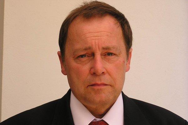 Alexander Tesár.