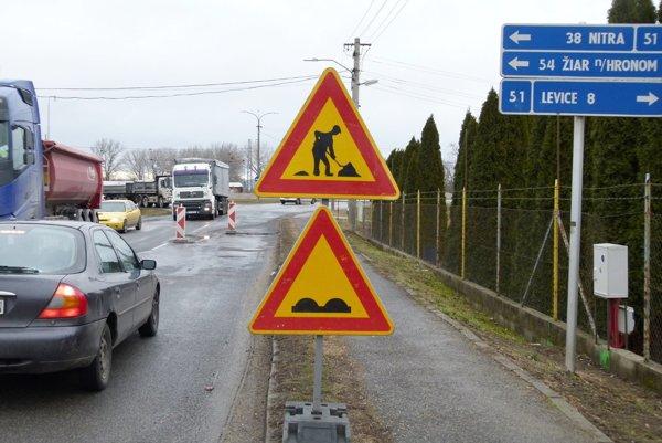 V kraji opravia tri dlhé úseky ciest.