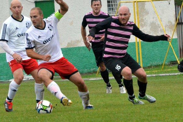 Derby Turčanov - Blatnica v 5. kole V. ligy zdolala Turčiansku Štiavničku.