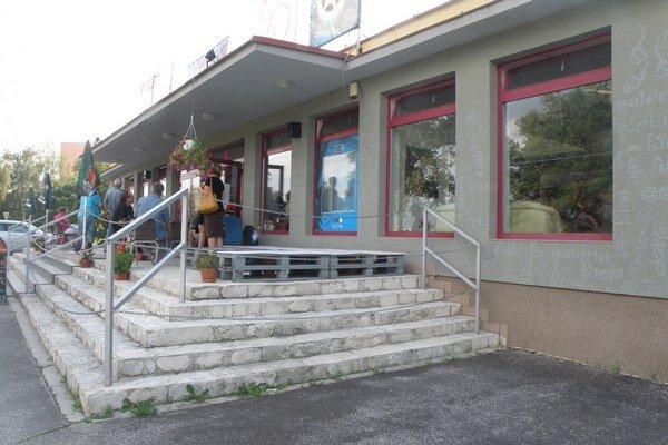 Kino v Prievidzi sa zmenilo na Art point centrum.