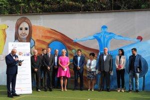 Na zahájení nového školského roka nechýbali ani mestskí poslanci a primátorka Lučenca Alexandra Pivková.