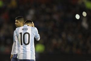 Argentíne sa ani s Messim v zostave nedarí.