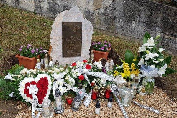Pamätník bude v Strelníkoch pripomínať vlaňajšiu tragédiu.