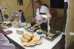 Jarmok v Trnave ponúka aj remeselné výrobky.