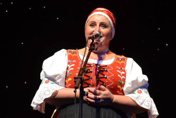 Anka Poráčová. Jedna z najznámejších speváčok ľudových piesní.
