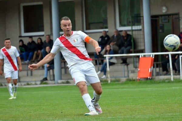 Kapitán tímu Martin Kováčik pomohol k postupu Belej dvomi gólmi.