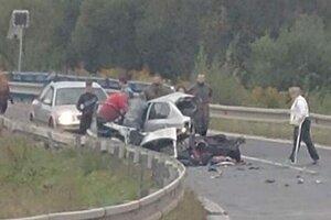 Sobotňajšia nehoda pri Embracu.