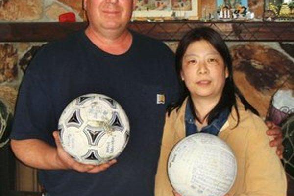 David Baxter našiel loptu pri pobreži Aljašky.