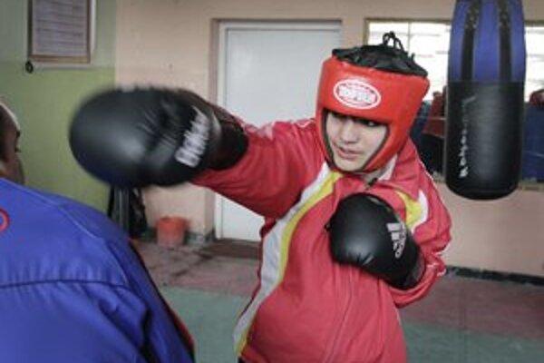 Sadaf Rahimiová trénuje hodinu denne.