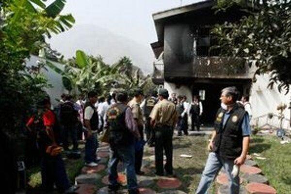 Zhorená budova centra pre narkomanov.