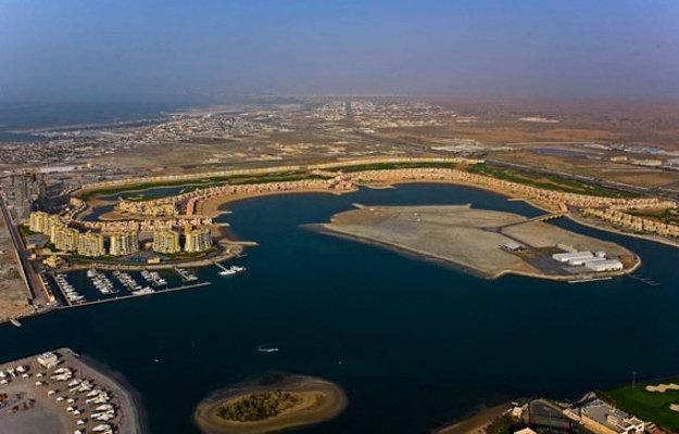 Mestečko Al Hamra v emiráte Ras Aj Khaimah.