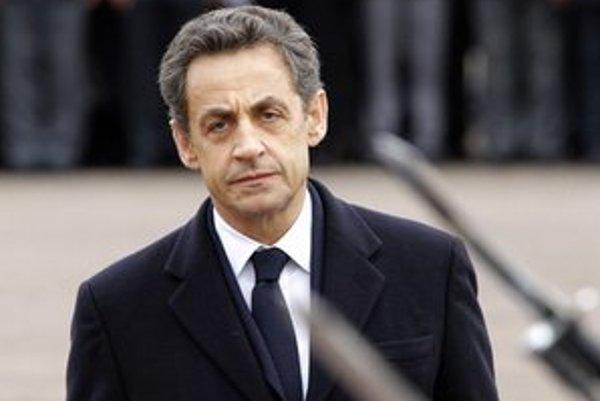 Nicolas Sarkozy na pohrebe zavraždených vojakov v Toulouse.