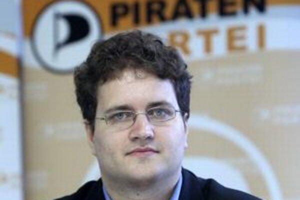 Šéf Nemeckej pirátskej strany Sebastian Nerz.