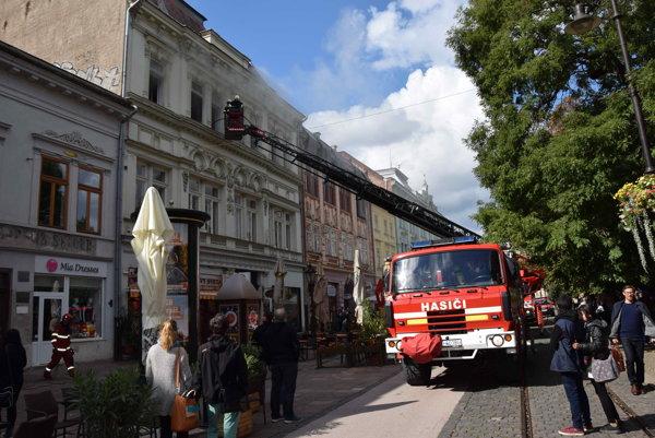 Požiar domu na Hlavnej ulici zburcoval Košičanov.