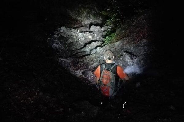 Záchrana zablúdených turistov prebiehala za úplnej tmy