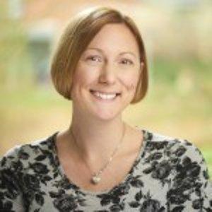 Kyberpsychologička Linda Kaye sa venuje aj výskumu používania emoji.