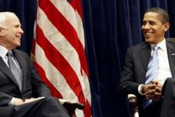 Americký prezident Barack Obama a jeho porazený súper John McCain.