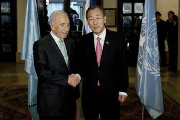 Pan Ki-mun sa stretol aj s izraelským prezidentom Šimonom Peresom.