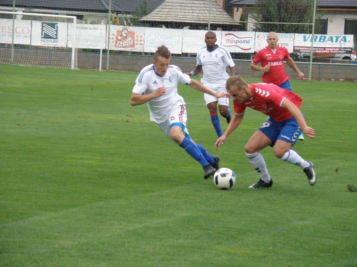 50b11e556 Futbal Slovnaft cup Borčice - Šamorín - SME | MY Považská
