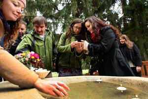 Otvorili prvý prírodný cintorín na Slovensku.