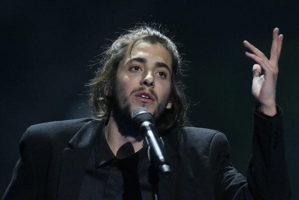 Salvador Sobral na súťaži Eurovízia.