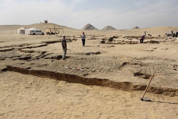 V Egypte objavili na dvoch múmiách najstaršie figuratívne tetovania na svete.