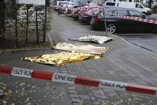 Podozrivého útočníka s nožom z Mníchova sa ujali psychiatri
