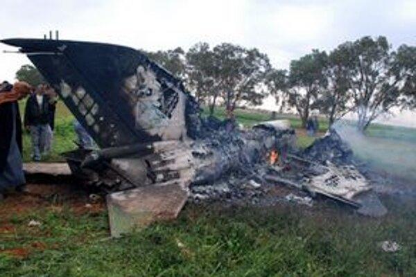 Zostrelené lietadlo pri Beghází.