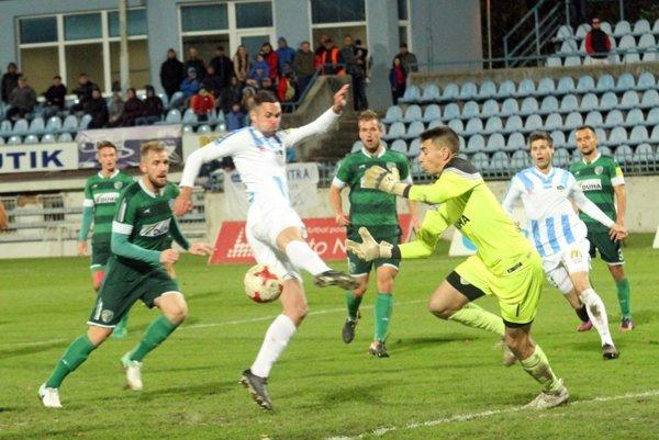 Prešovčania pod Zoborom dvakrát inkasovali. Nitra potvrdila rolu favorita avýchodniarom bodovať nedovolila.