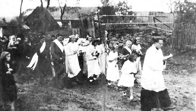 Jeden zposledných pohrebov vOravských Hámroch.