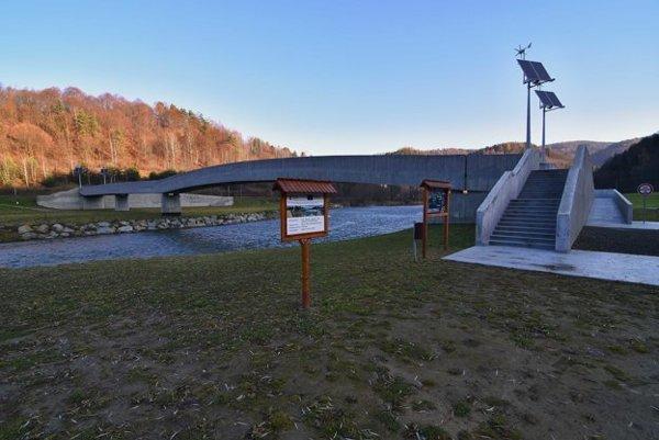 Organizácia spolufinancovala aj vybudovanie lávky v Sulíne cez rieku Poprad.