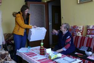 Žofia Vaňková volila cez prenosnú volebnú urnu v domácom pohodlí. Už dva roky býva v domove dôchodcov v Martine na Ľadovni.